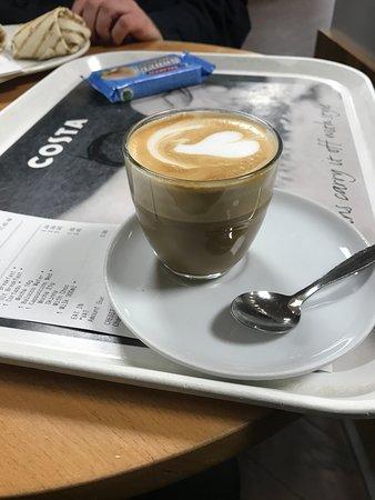 Strensham, UK: Costa coffee