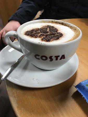 Strensham, UK: Cappuccino at Costa