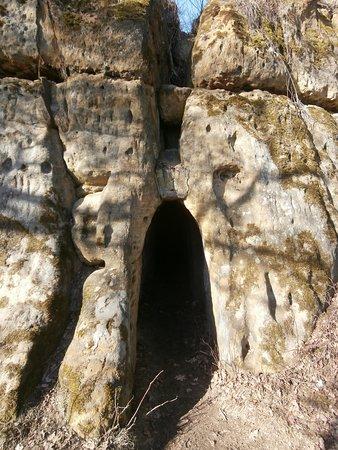 Ceska Lipa, สาธารณรัฐเช็ก: Skalní hrad Hřídelík - vchod na horní plochu