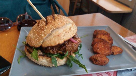 Maitr kai Margarita: burger