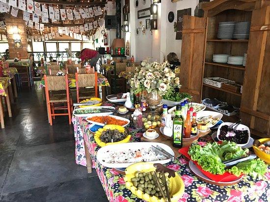 Bar e Restaurante Rancho Vo Joaquim: The salad table (by heinerklingle)