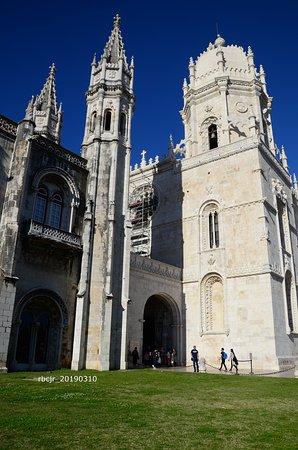 Belém Small Group Walking Tour with skip the line service to Jerónimos Monastery: Paróquia De Santa Maria De Belém