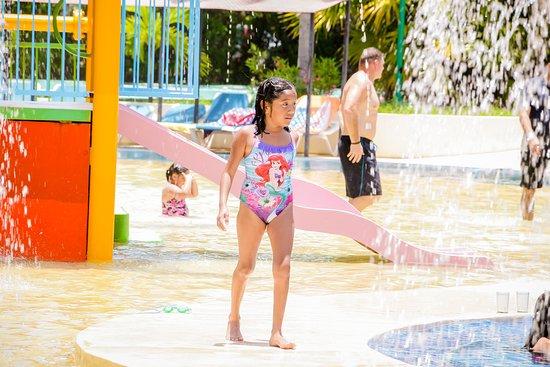 All Ritmo Resort & Water Park  Un buen lugar para unas vacaciones en familia con su parque raquítico en sus instalaciones.