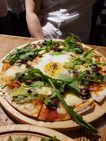 Truffle, Mushroom & Egg Pizza