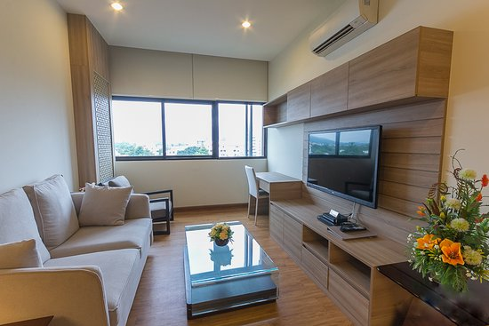 Living room of 2 Bedroom Family Suite  Lanna style