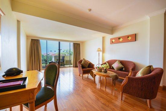 Angkor Century Resort & Spa: Sitting area