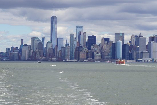 Manhattan Skyline: Skyline shot from Staten Island Ferry