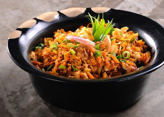Aliyaa Island Restaurant & Bar: Chicken Kotthu