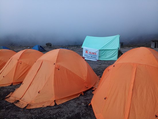 Kilisa Tours & Safaris: Mountain equipment in a nice conditions