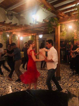 Salsa w/Rolando