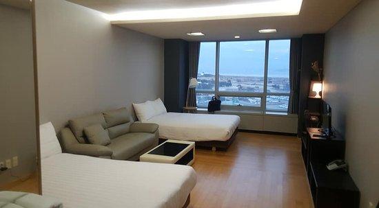 Hotel Incheon Airportel: Room.