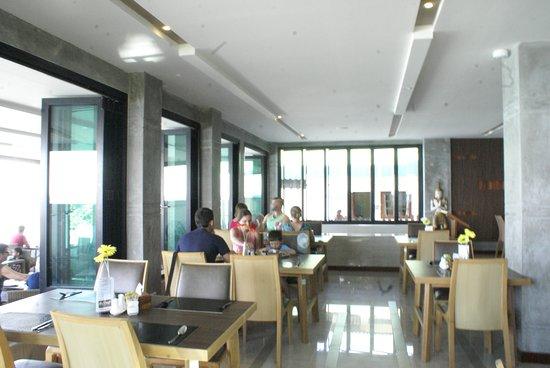 Seashore Restaurant   Breakfast /Lunch/Dinner