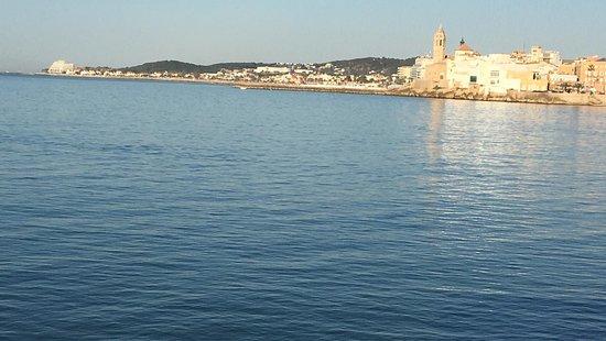 Panorámica de Sitges desde el mar