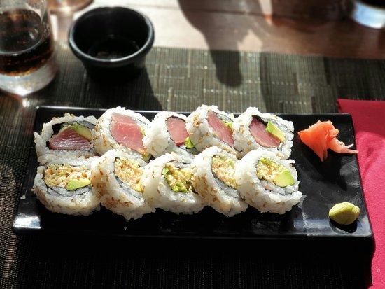 Dragonfly Sushi & Asian Restaurant - Lounge Photo