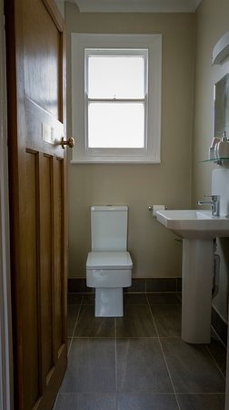 Single with Private Bathroom - Room 4