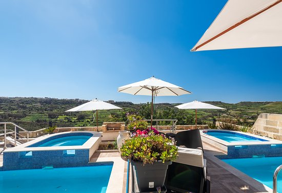 Pool - Picture of D Golden Valley Boutique & Breakfast, Island of Gozo - Tripadvisor