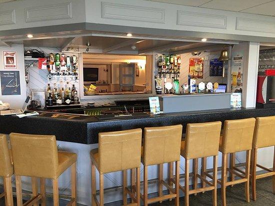 Berthas Bar : Lounge Bar