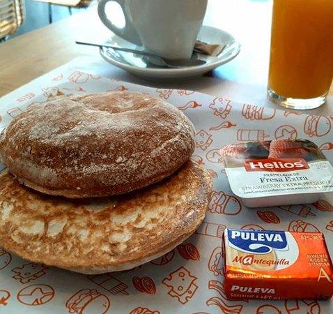 ¡Marchando un desayuno clásico! 😉😍 Cargando pilas desde por la mañana... 👏😎 ⭐⭐⭐⭐⭐⭐⭐⭐⭐⭐⭐⭐⭐⭐