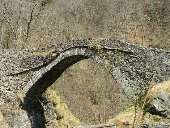 Varallo, Taliansko: ponte della Gula