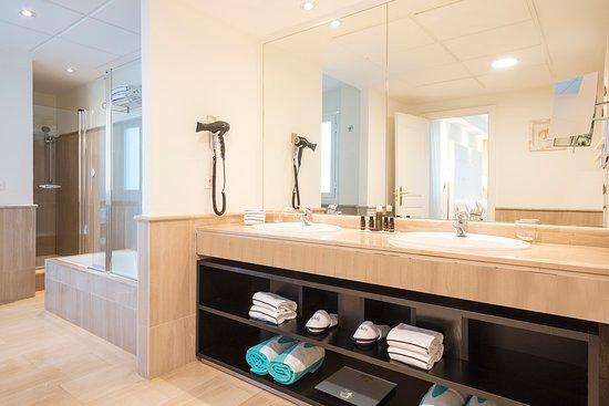 Penthouse Suite bathroom.  Baño de la Penthouse Suite.
