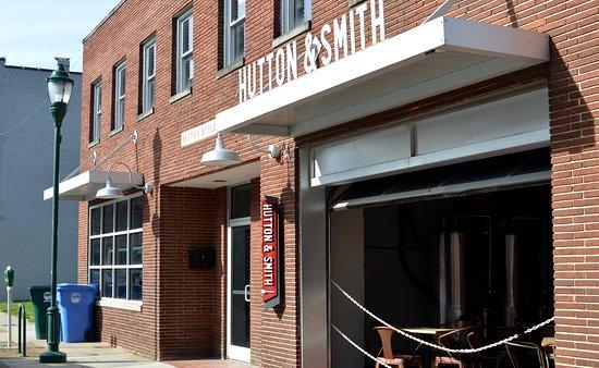 Hutton & Smith Brewing Co