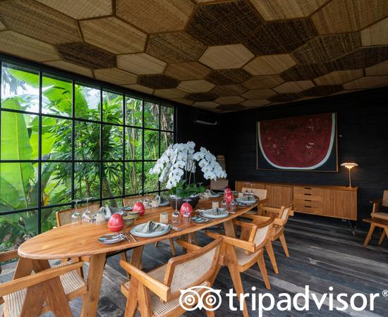 Private Dining Room at the Chapung Sebali