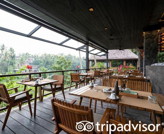 Jungle Fish Restaurant at the Chapung Sebali