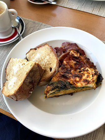 spinach quiche with bacon and toast