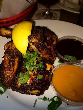 Halve kip. Een hele donkere buitenkant, maar smaakte goed.