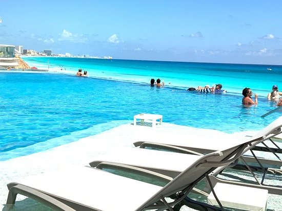 Always amazing. Enjoying Cancun in the possibly best location
