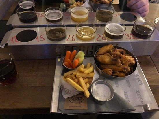 BeerGeek Bar: Beer on the wings. Good beer, good food and good whiskylist.