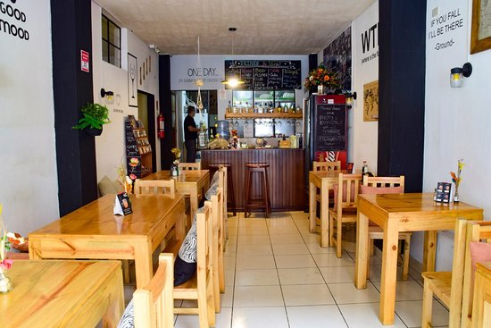 The best food in our beautiful and cosy restaurant! Zumo Food & Drink in Banos de Agua Santa