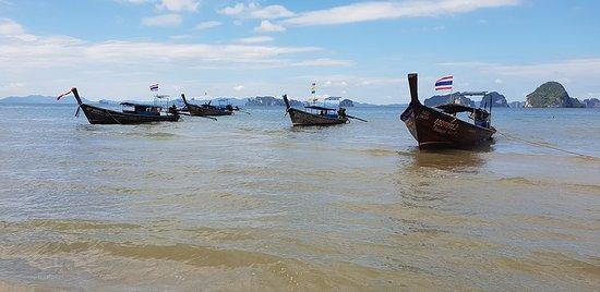 Tubkaek Beach照片