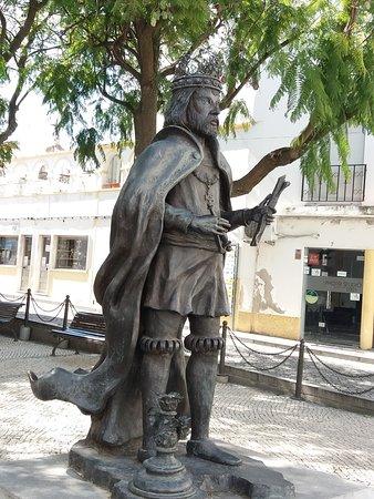 Estatua Rei D.Manuel I