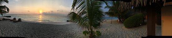 Meedhupparu Island: Sunrise