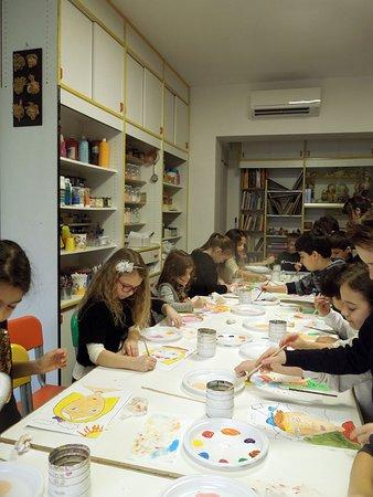 Laboratorio di pittura per bambini