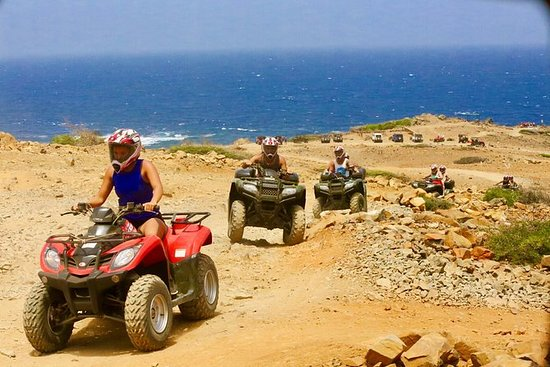 Aruba ATV tur med naturlig basseng...