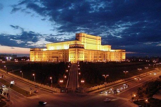 Fulldags privat tur til Bucharest og...