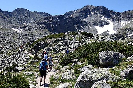 攀登穆萨拉峰会(2925米)