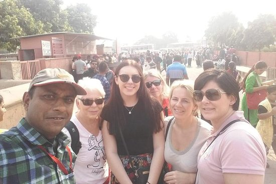 德里的阿格拉一日游,包括泰姬陵和阿格拉堡
