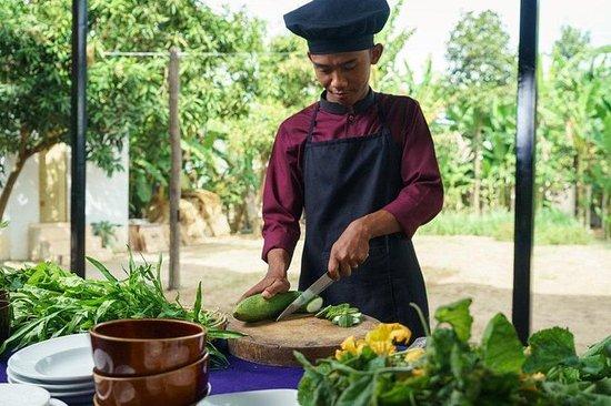 Cours de cuisine khmer chez un local