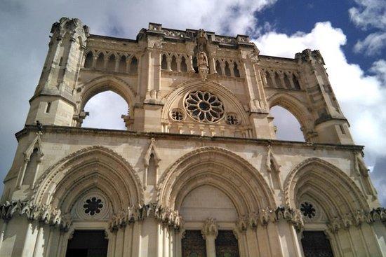 Visita guiada a Cuenca con acceso a...