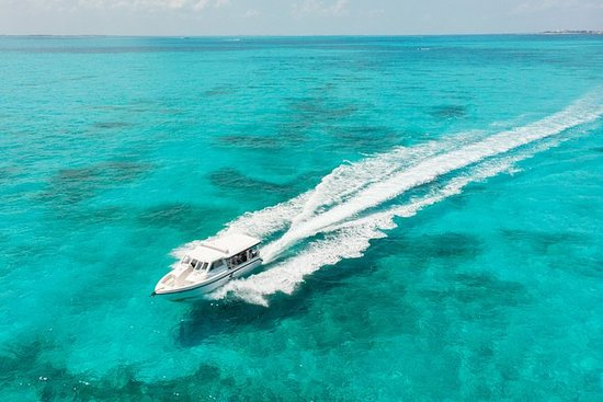 Private Boat Charter To Isla Mujeres...