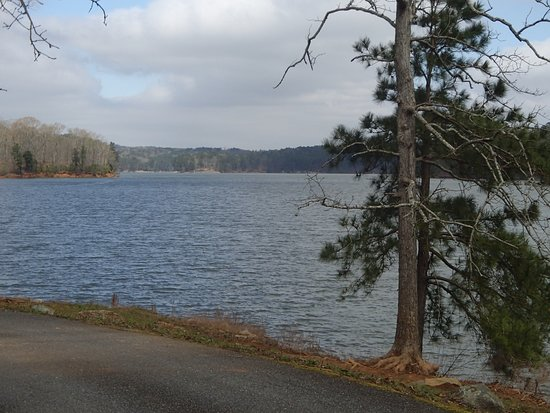 View over Lake Allatoona, Red Top Mountain State Park