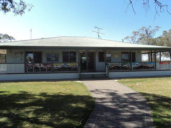 Moonie Rural Transaction Centre is a multi-purpose facility. It includes a fantastic library, visitor information centre, locally made arts and crafts as well as offering Community Postal Agent services.  As you arrive in Moonie please feel free to stop and relax in the shade of the gum trees outside the Moonie RTC.  Have lunch amongst the bird life by utilising our facilities.  Following lunch wander through our Centre and enjoy the locally made Arts and Crafts.