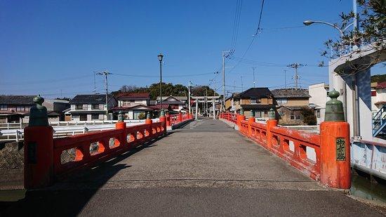 Hondahachiman Shirine