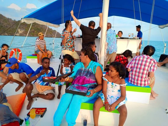 Sunset Yacht Cruise: with entire group