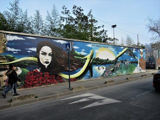 ปันติน, ฝรั่งเศส: La fresque
