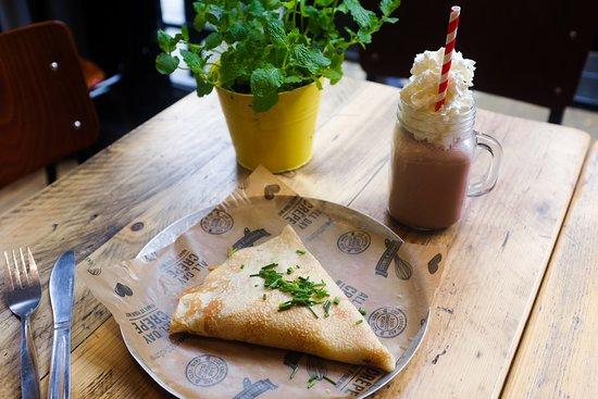 Crepeaffaire: Savoury Crepe & Luxury Shake