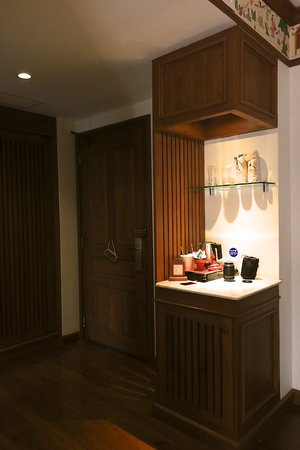 Room 6021 - Entrance & coffe bar